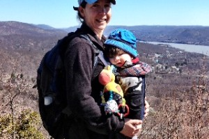 Hiking at Bear Mountain (A perfect day trip from Fairfield County (trails, Merry-Go-Round, ice skating +++)