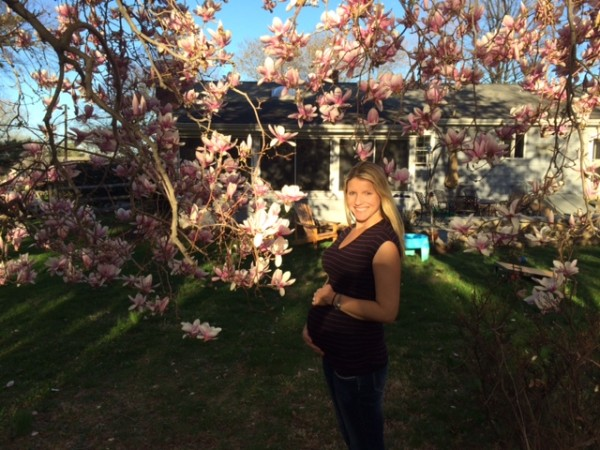 At 29-weeks, wearing my favorite Pea in the Pod t-shirt and maternity jeans. Thankful for those expandable waistlines!