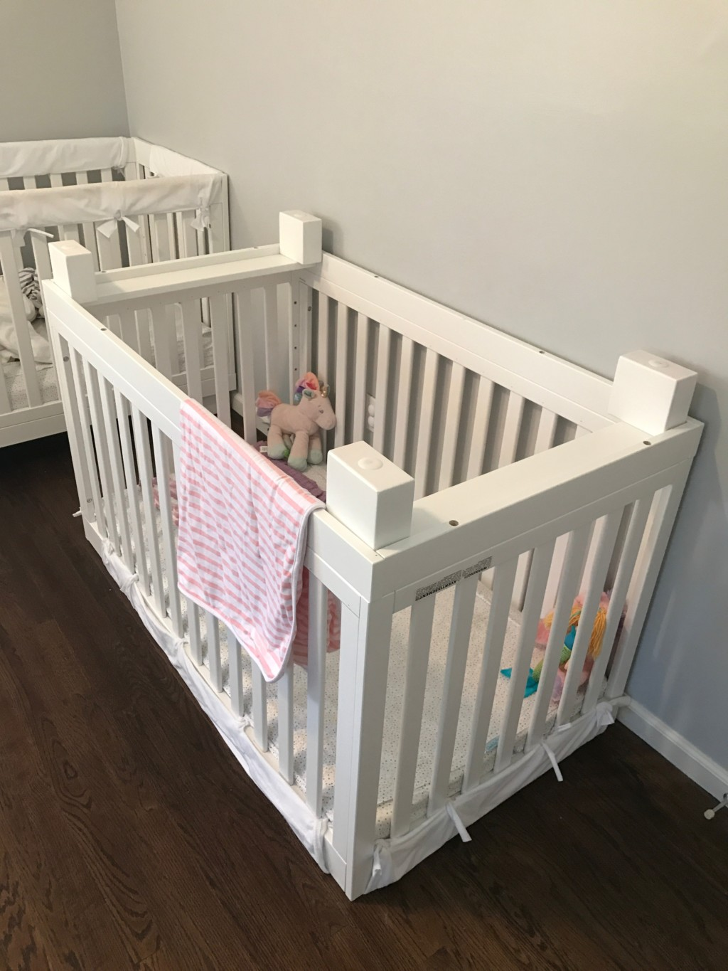 Baby cribs keep your baby close - Crib